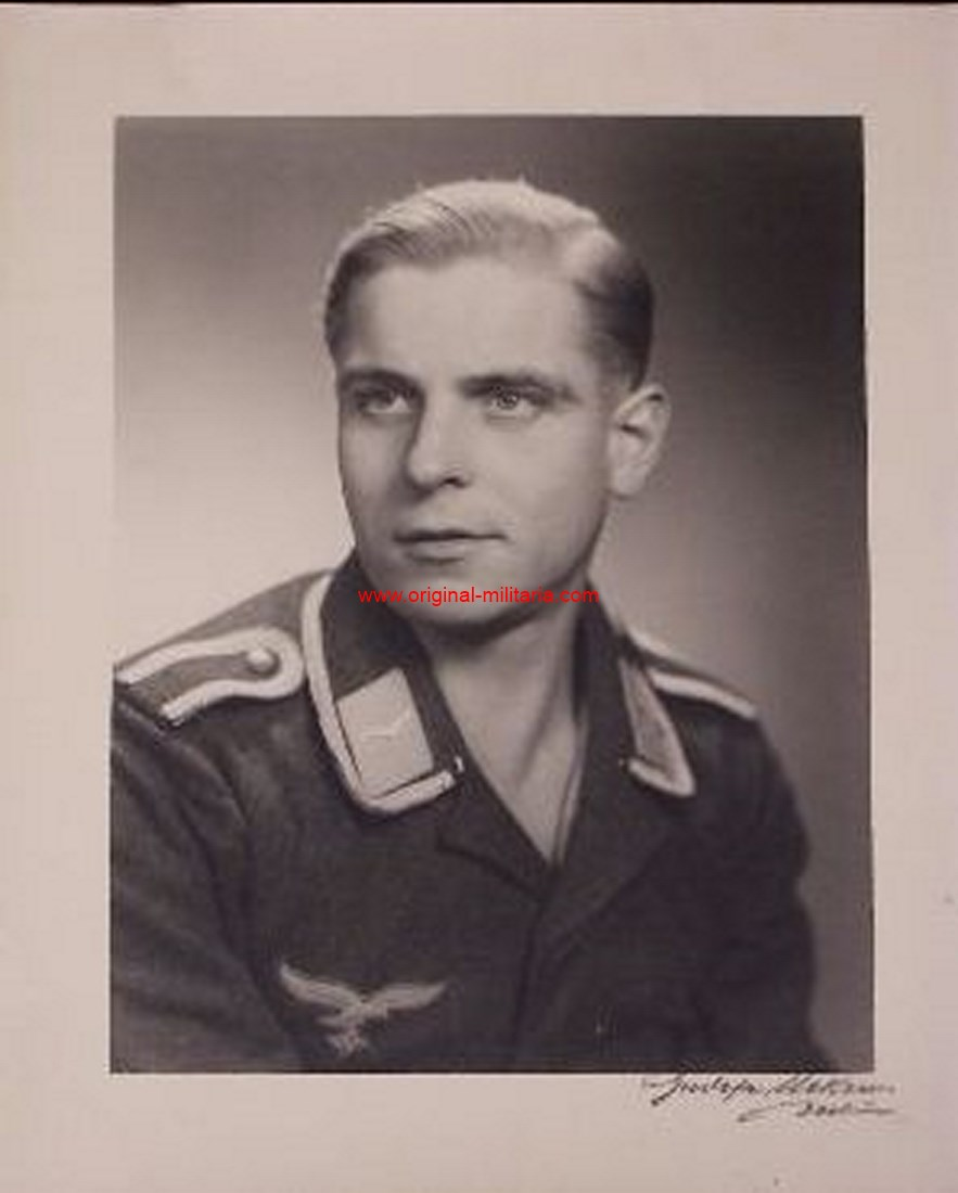 Gran Fotografía de un Sargento de Personal de Vuelo de la Luftwaffe.